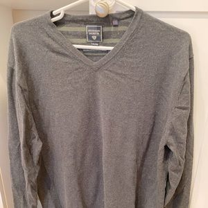 Other - Men's dark grey V-Neck sweater